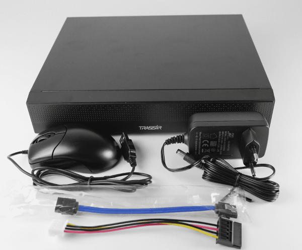 TR-X216 v2 видеорегистратор TRASSIR